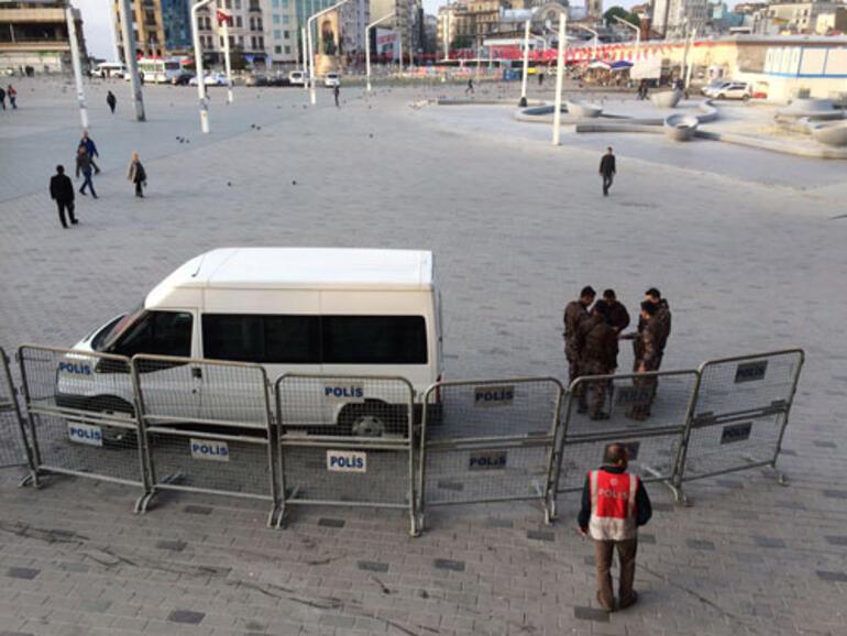 Son dakika... İstanbulda 1 Mayıs için yollar kapandı, Taksimde 2 kişi gözaltına alındı
