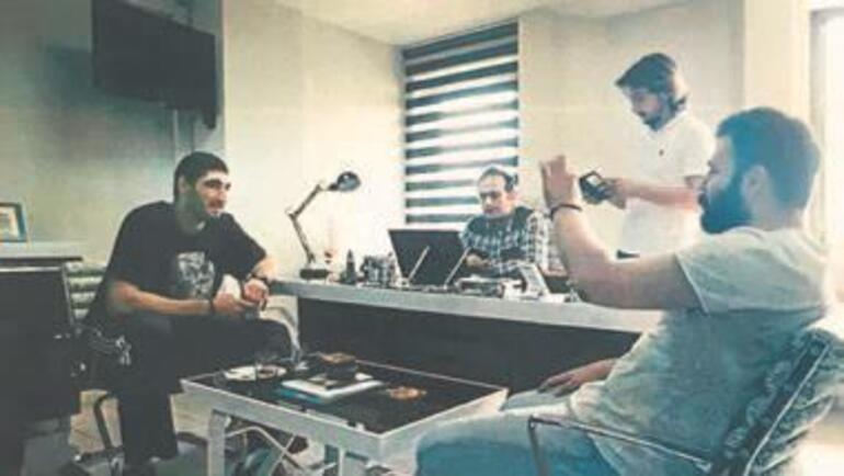 Fuat Avni'nin albümü ortaya çıktı