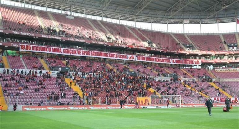 Galatasaray evinde Osmanlıyı rahat geçti