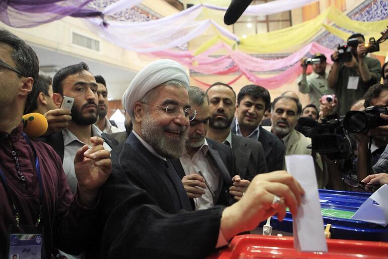 İranda ilk resmi sonuçlara göre kazanan Ruhani