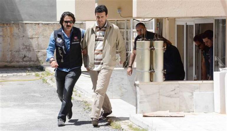 Yunan adasına kaçarken yakalandılar
