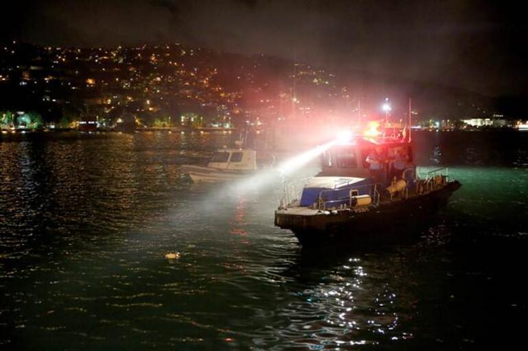 İstanbulda şoke eden olay... Eşiyle tartıştı, otomobilini denize attı...