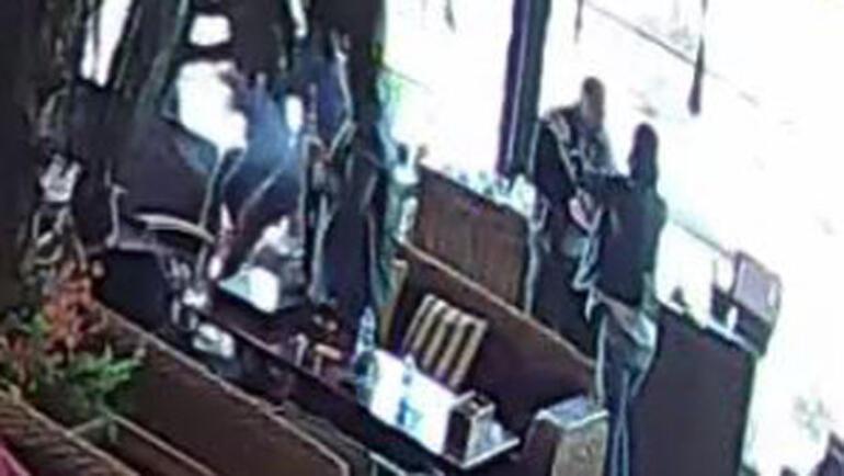 İş adamına FETÖ şantajı... Polisler 500 bin doları alırken suçüstü