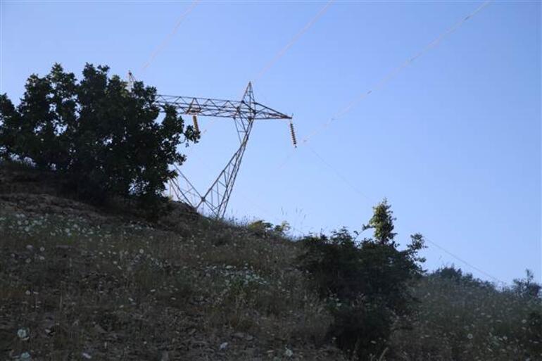 13 askerin şehit olduğu helikopter 300 metreden düştü, mühimmatı infilak etti