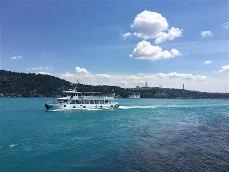 İstanbul Boğazının rengi şaşırttı Uzmanlar rahatlattı