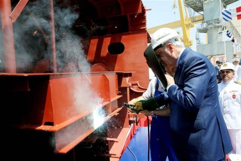Erdoğan: Uçak gemisi yapacağız