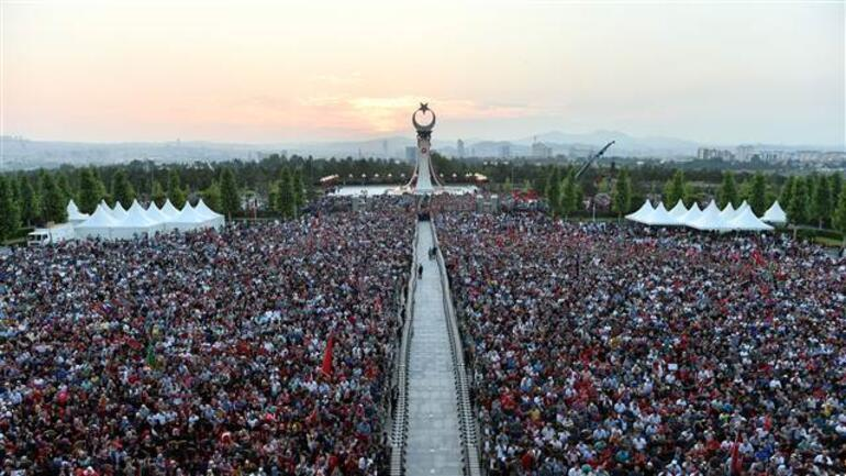 Şehitler Abidesinin açılışı yapıldı... Cumhurbaşkanı Erdoğandan flaş mesaj...