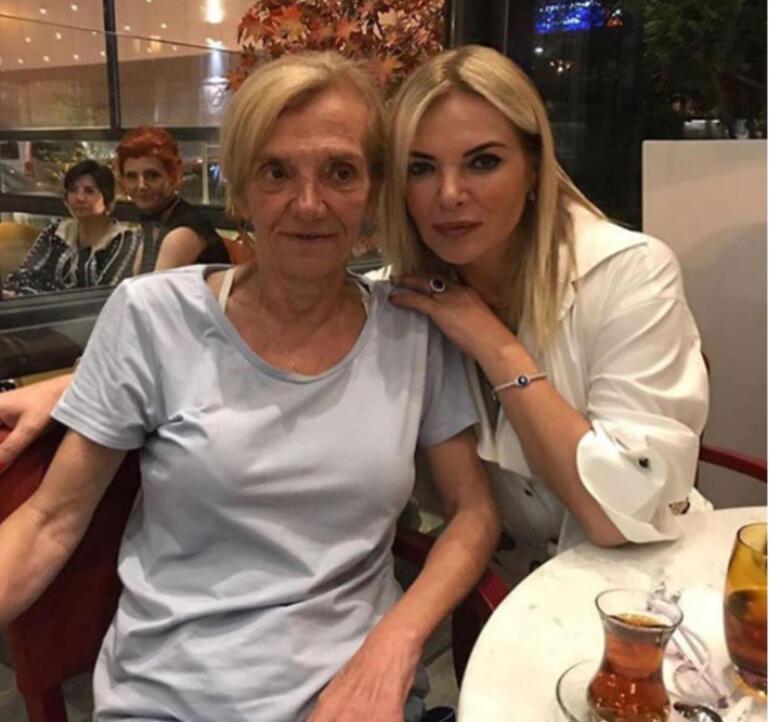 Acil hastaneye kaldırıldı Fulden Uras'tan kötü haber