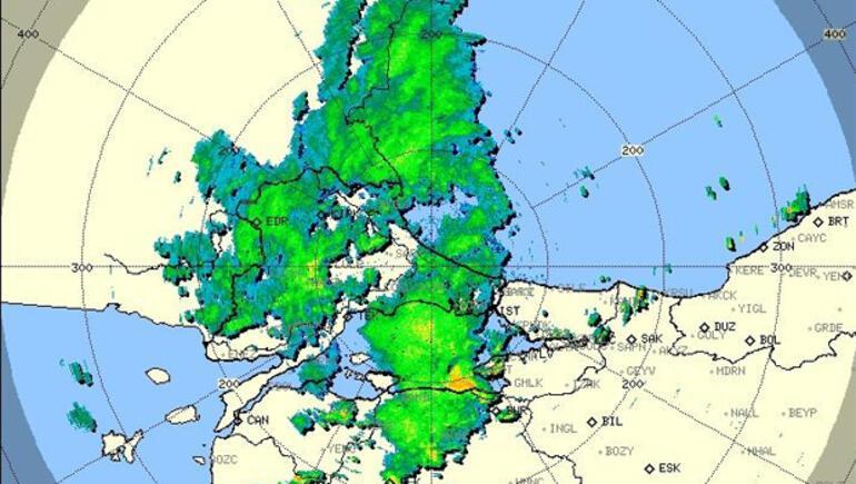 Son dakika... İstanbulda beklenen yağış Avrupa Yakasında başladı