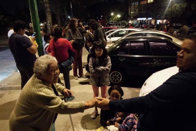 Son dakika: Meksikada 8.1 büyüklüğünde deprem...