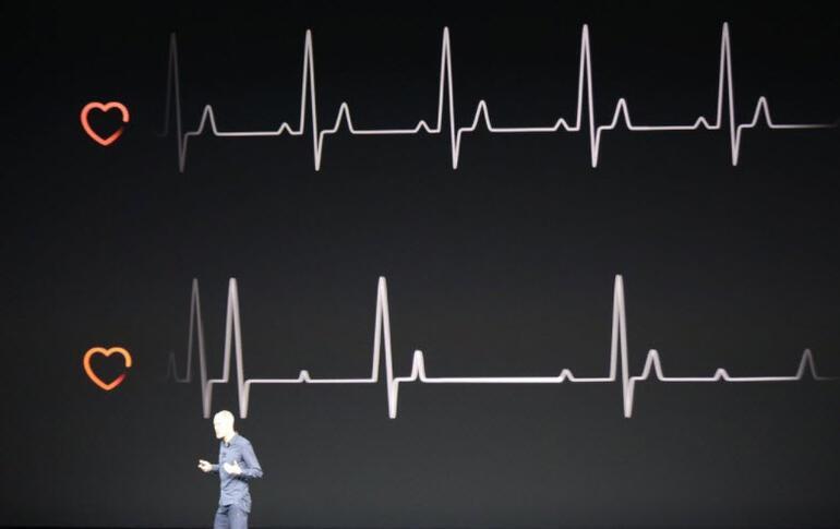 iPhone X ve iPhone 8 tanıtımı Apple tarafından gerçekleşti... İşte iPhone X hakkında ilk fotoğraflar