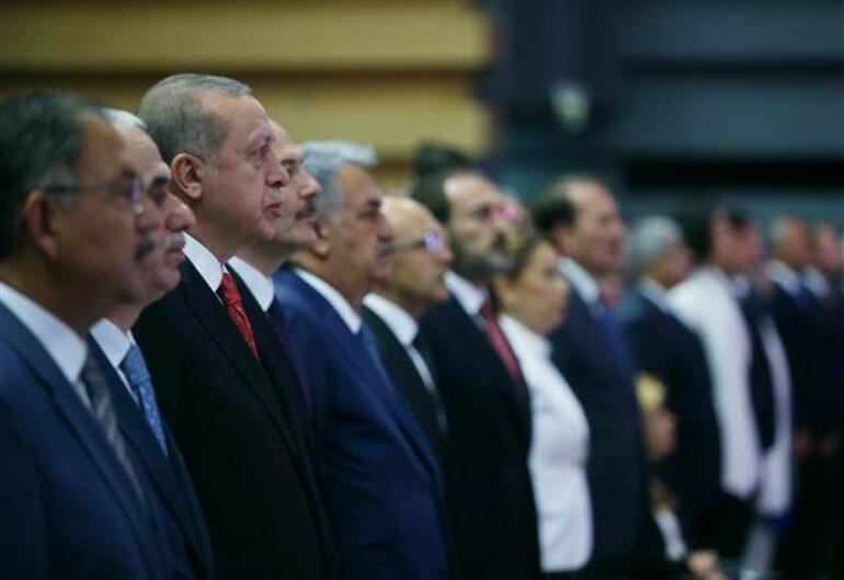 Cumhurbaşkanı Erdoğandan heykelinin yapılmasına tepki: Çok üzüldüm