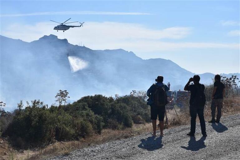 Bodrumda korkutan yangın Alevler evlere 5 metre kala söndürüldü