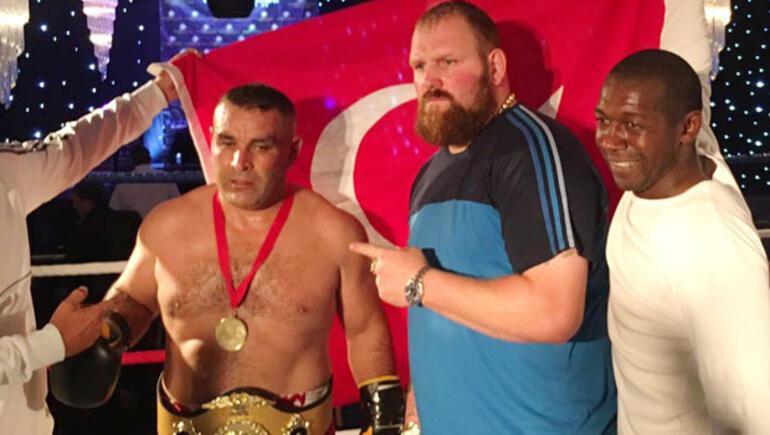 Turkish Tyson İngiltere'de 3. kemer maçını da kazandı