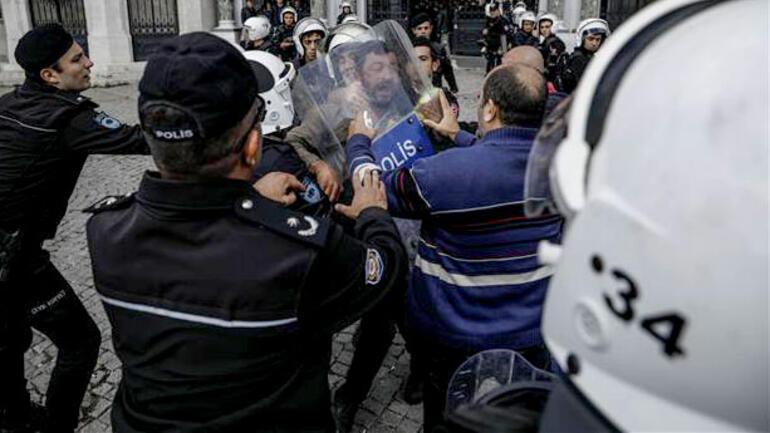 İstanbul Üniversitesinde polis müdahalesi... Gözaltılar var