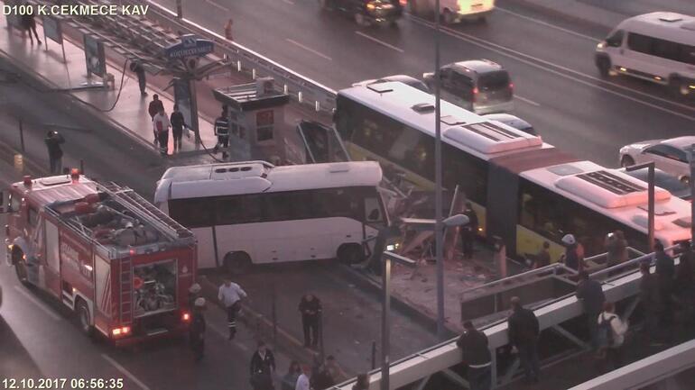 Son dakika: Metrobüs durağına girdi... Seferler aksadı