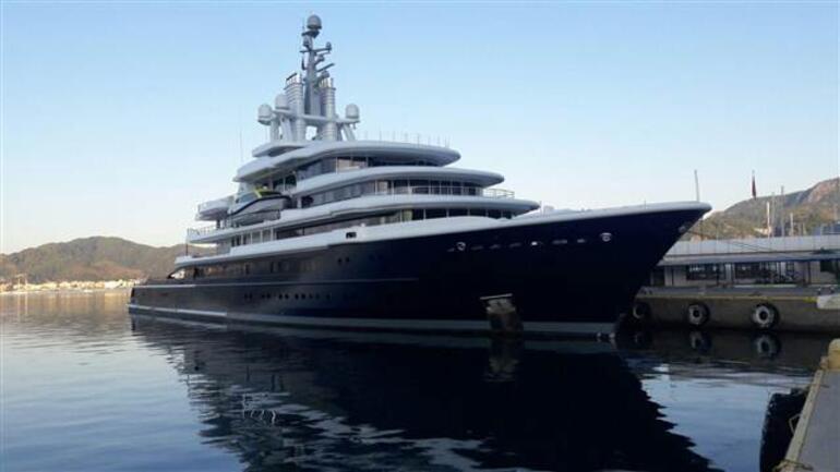 Milyarderler peş peşe demirledi... 1 günde 2 milyon lira harcadı