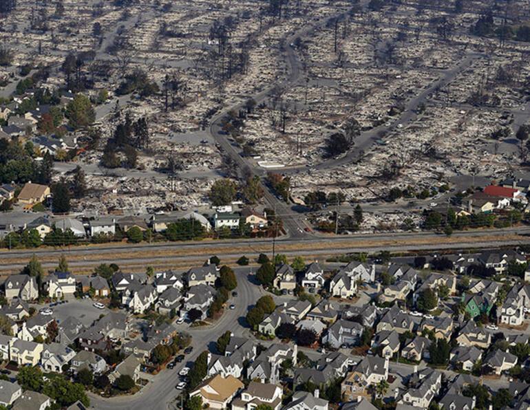 Son dakika... ABDde salgın büyüyor Sokaklar çamaşır suyuyla yıkanıyor