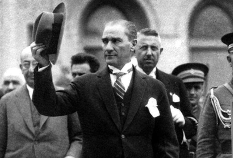 Prof. İlber Ortaylı'dan A'dan Z'ye Cumhuriyet