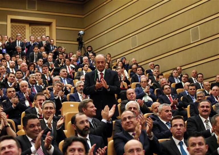 Türkiye'nin otomobili için imzalar atıldı: 5 babayiğit kolları sıvadı