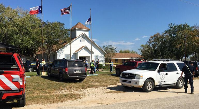 Son dakika... Teksasda kilisede katliam: Çok sayıda ölü var