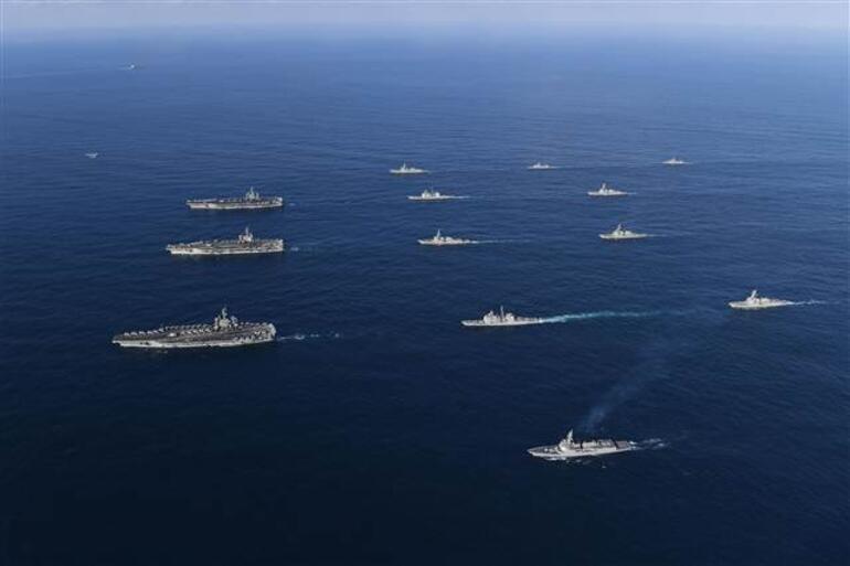 Sıcak gelişme... Amerikan donanması savaş düzenine geçti