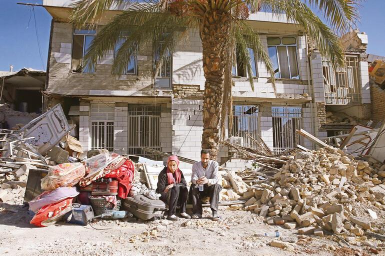 Devletin yaptıkları yıkılmış halkın yaptıkları ayakta