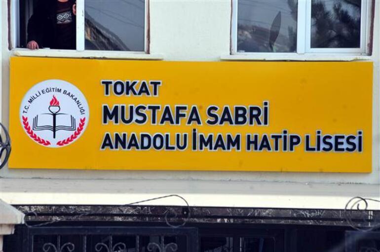 Son dakika: Liseden Mustafa Sabri adı kaldırıldı
