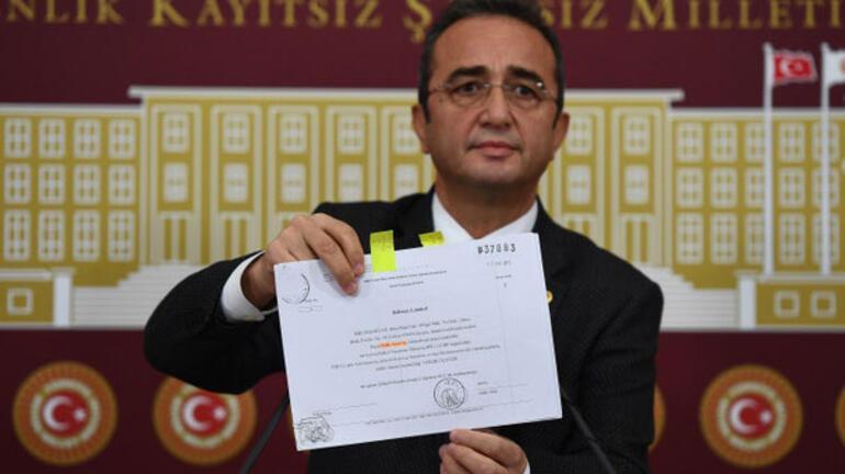 CHPden son dakika açıklaması... Para transferi iddiasıyla ilgili belgeleri dağıttı