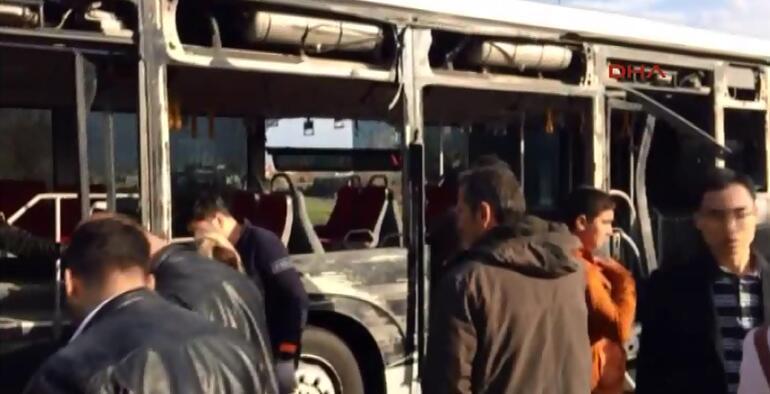 İstanbulda metrobüs yolunda kaza