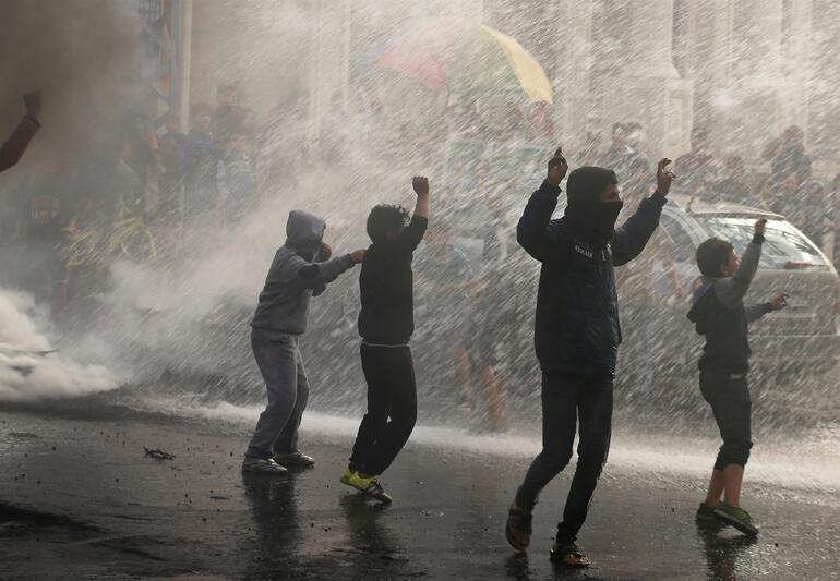 ABD Başkanı tüm dünyanın karşı çıktığı 'Kudüs' kararını açıkladı: Tepki fırtınası
