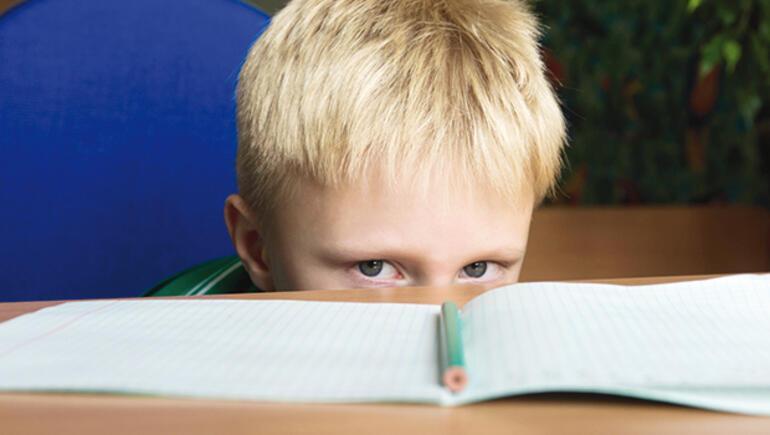 Çocuklar neden okuldan sıkılır
