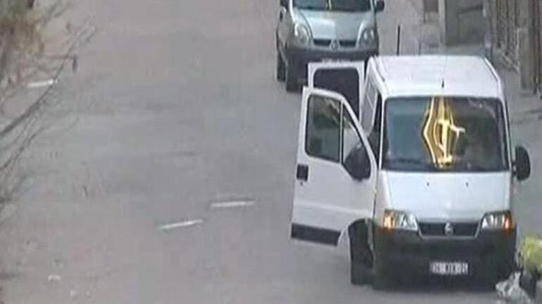 İstanbuldaki bomba yüklü minibüs için son dakika gelişmesi...