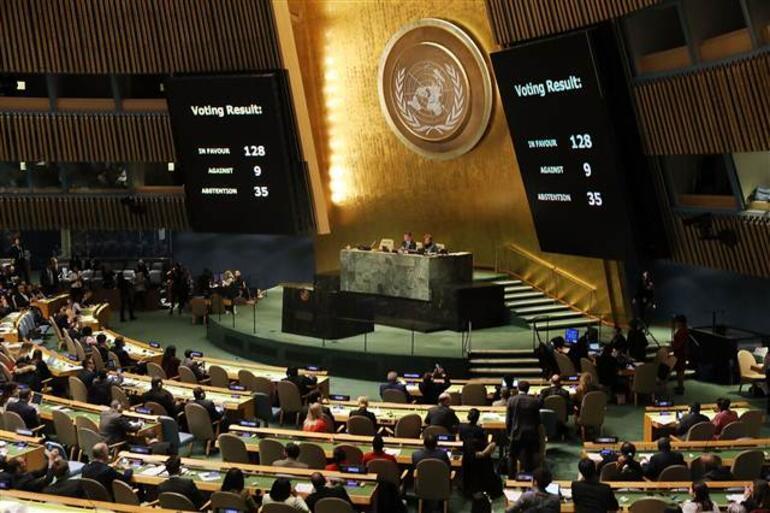 Dünyanın kilitlendiği Kudüs karar tasarısı kabul edildi...