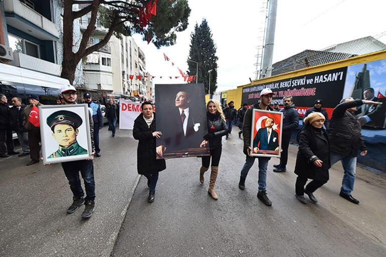 Devrim şehidi Asteğmen Kubilayı önce protokol sonra vatandaşlar andı