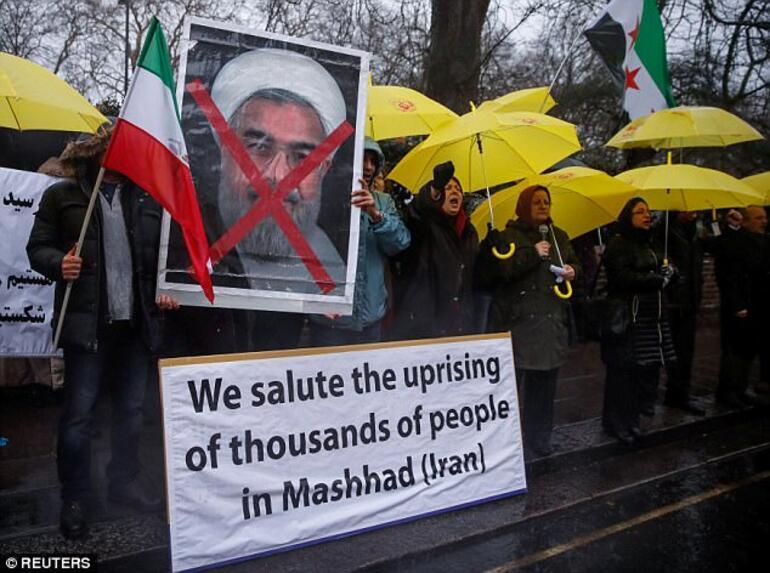 İrandaki gösterilerde ölü sayısı artıyor