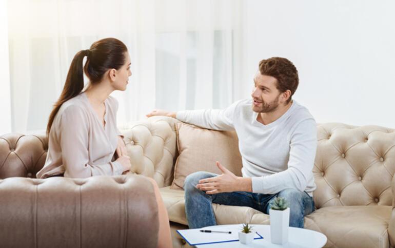 Sevgilinizin sizi dinlemesini sağlayacak 6 yöntem