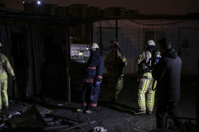 Son dakika... Beylikdüzünde konteynırda yangın: 3 işçi hayatını kaybetti