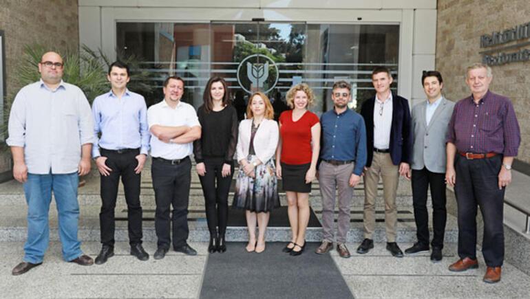 Yaşar Üniversitesi, dünya çapında akademisyenlerle büyümeye devam ediyor