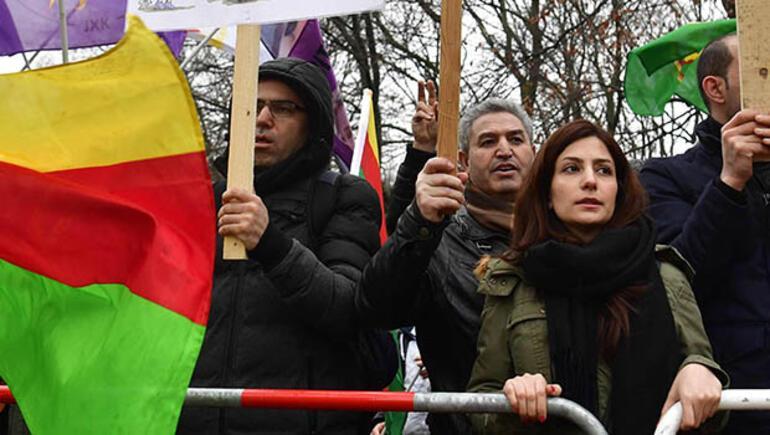 Terör örgütü PYD/PKK yandaşları Berlini karıştırdı