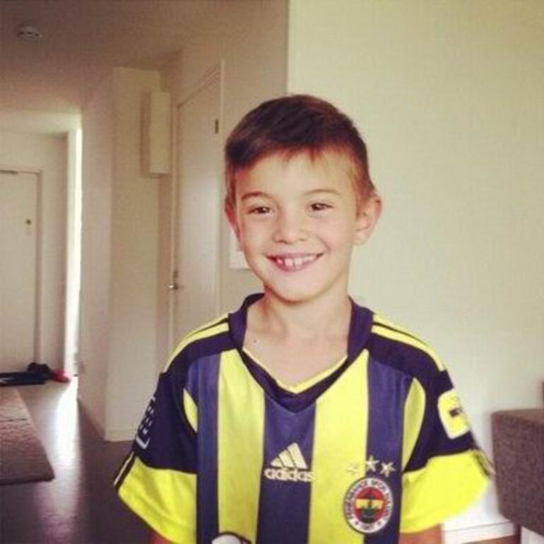 Harika çocuk İsakı, Barcanın elinden Benfica kaptı