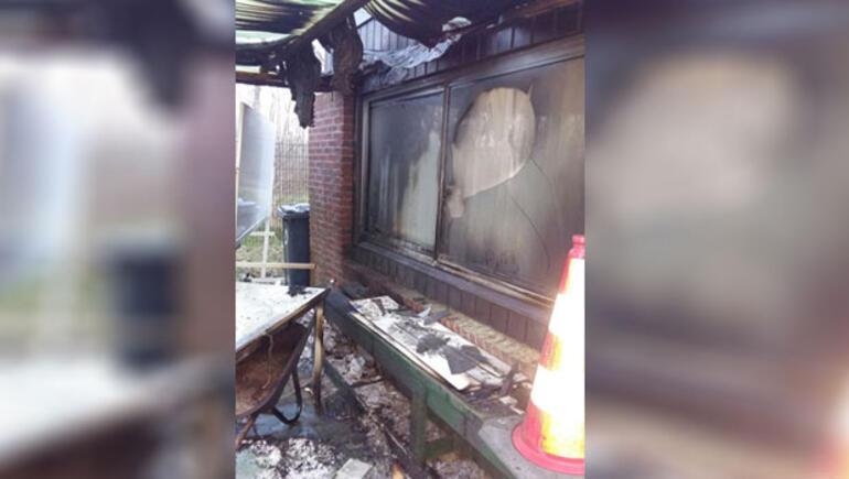 Yanıcı madde döküp camiyi ateşe verdiler