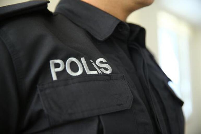 434f4165e066b Polislerin yeni üniformalarını tasarlayan modacı konuştu - Son ...