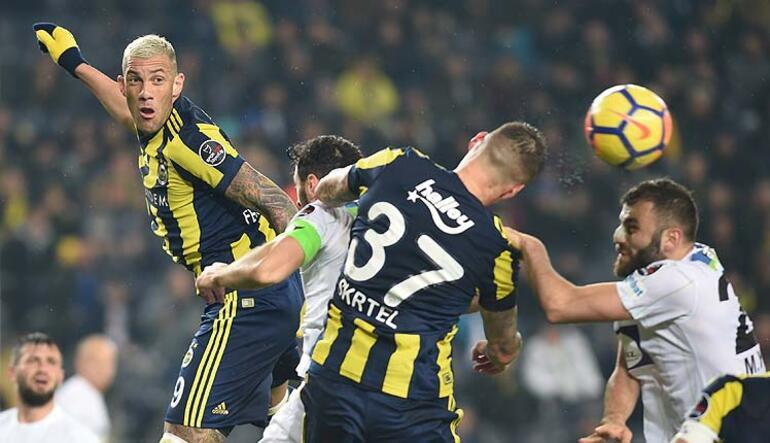 F.Bahçe ağır yaralı Kadıköy de düştü