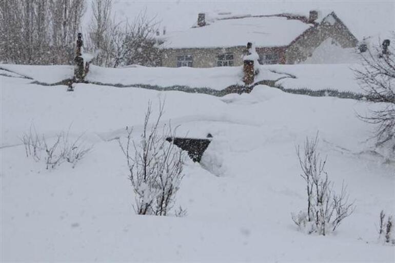Her yıl 2 metre kar yağardı... 55 yıl sonra bir ilk