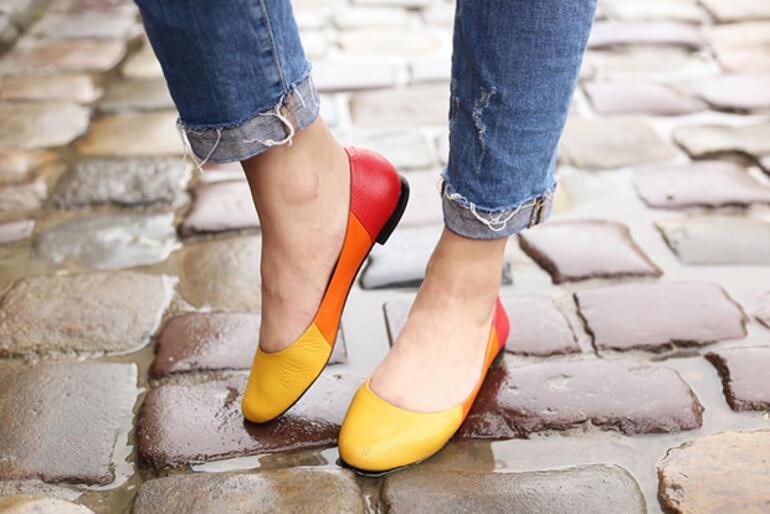 Topuklu ayakkabıya ara vermek için 4 çok geçerli neden