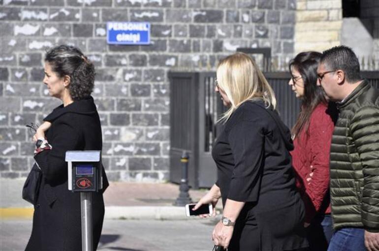 10 cenaze Türkiyede... Adli Tıp önünde kahreden dakikalar...