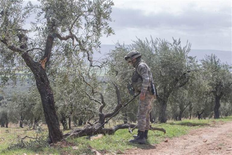 Mehmetçik Afrinde 650 el yapımı patlayıcı ile 80 mayını imha etti