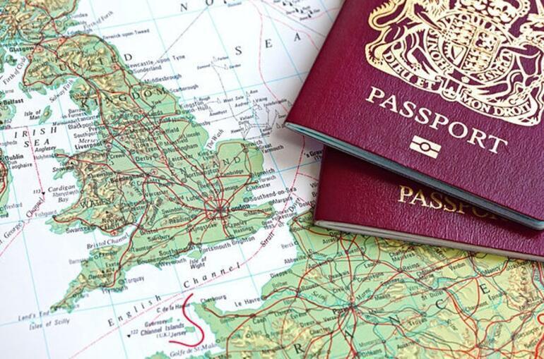 Evlilik sonrası yurt dışına seyahat edecek kadınlar için zorunlu işlemler