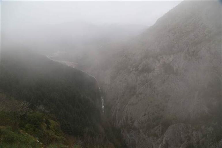 Bu kanyona rehbersiz girmek yasak